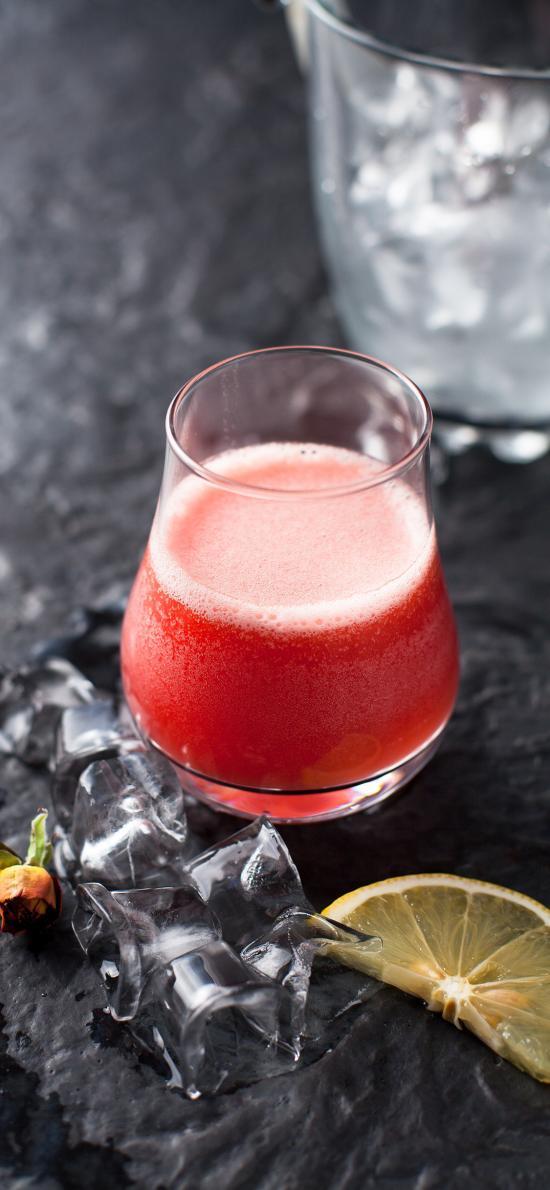 果汁 冰块 柠檬  草莓
