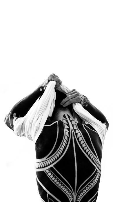 型男 背影 纹身 满背 黑白 花纹