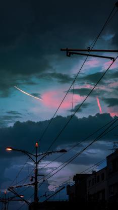 夜晚 城市 天线 路灯