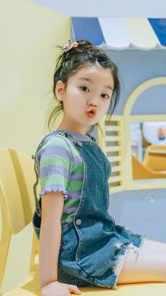 阿拉蕾 崔雅涵 小女孩 萌 可爱 嘟嘴