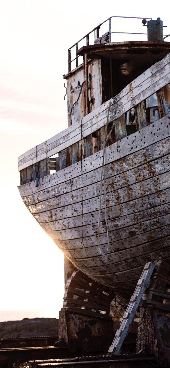 废弃 船只 残旧 意境
