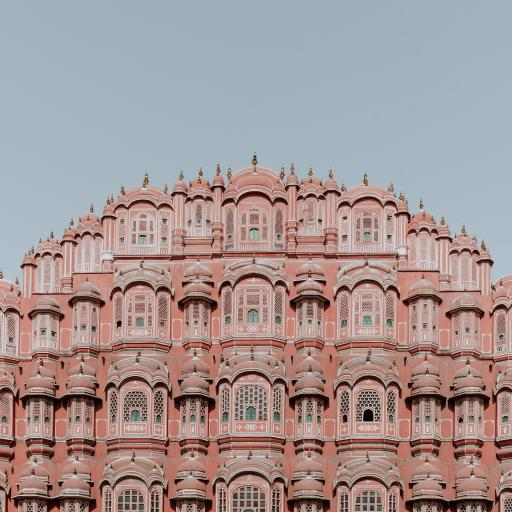 建筑 粉色 窗户 楼房