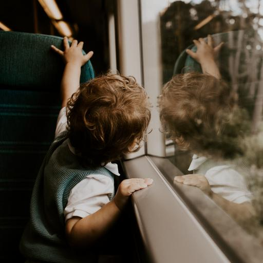 孩子 玻璃 列车 卷发 欧美