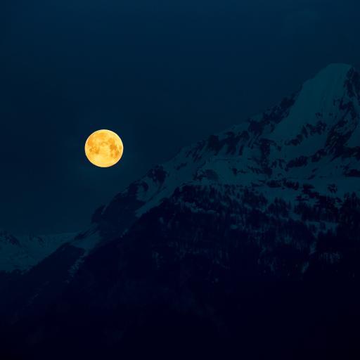 山峰 雪山 夜景 月亮