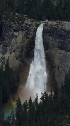自然 山峰 瀑布 树木 彩虹光