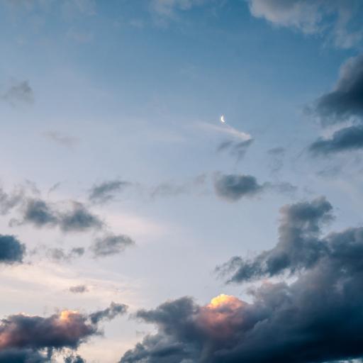 天空 云彩 云层 月亮