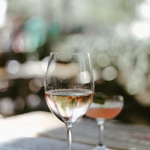 酒杯 高脚杯 饮品 玻璃