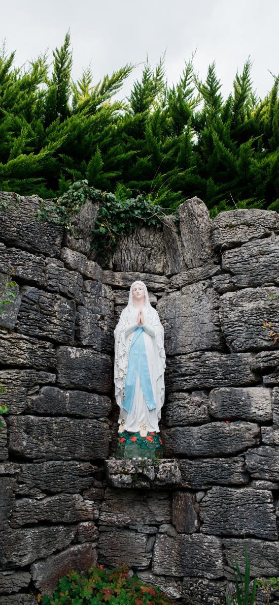 圣母像 摆摄 信仰 绿植