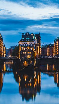 城市 夜景 欧式建筑 河流 倒映