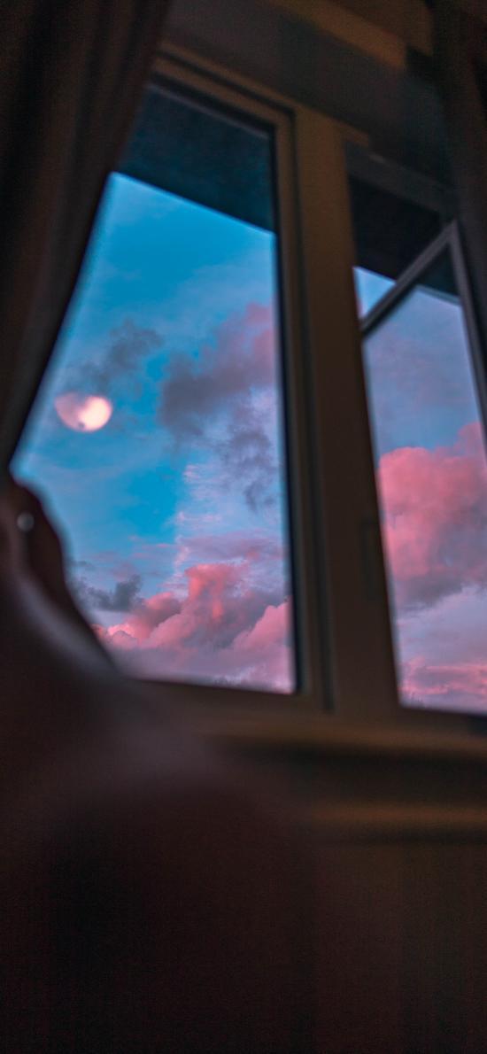 窗外 云空 月亮 红云 傍晚美景