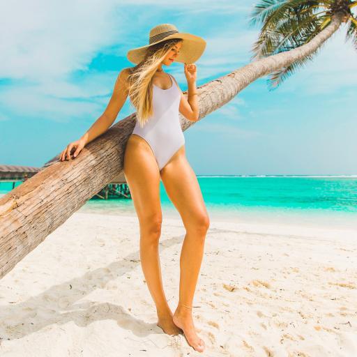 海滩 椰树 欧美美女 比基尼 性感 大长腿