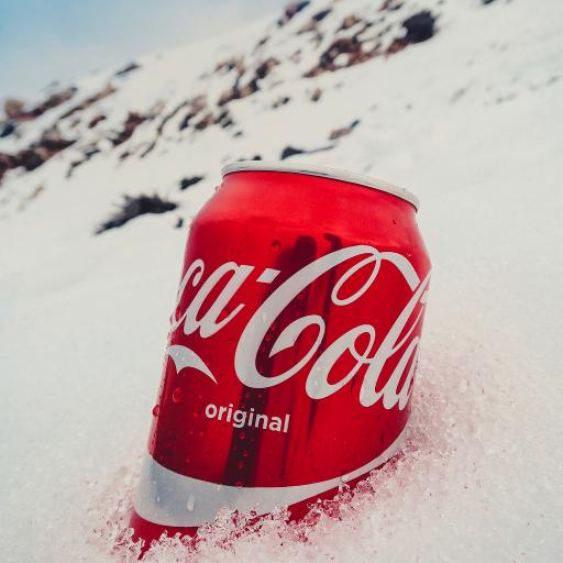 可乐 汽水 碳酸 雪地