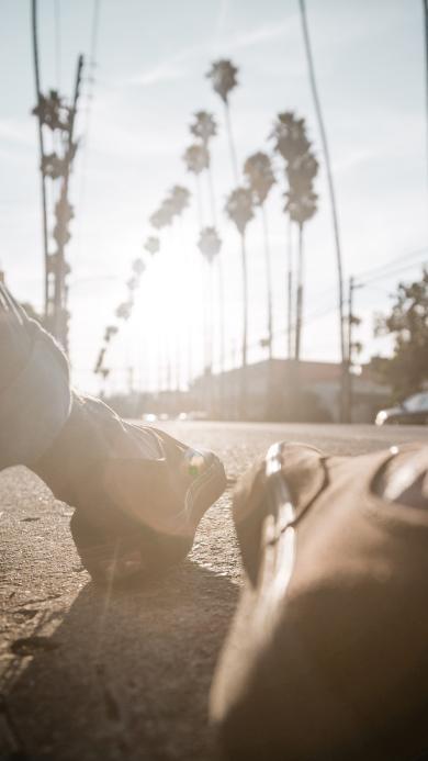 街道 鞋子 阳光 特写 意境