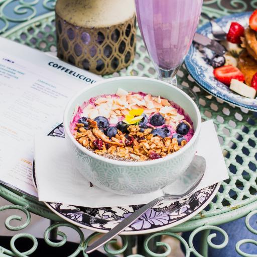 燕麦 蓝莓 椰片 奶昔