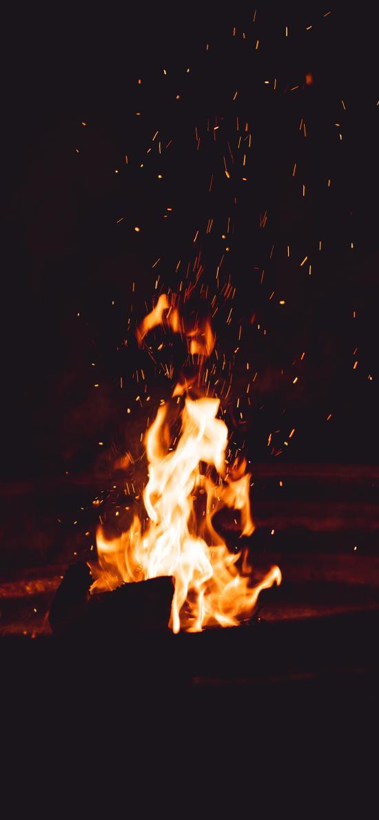 火焰 夜晚 燃烧 火星