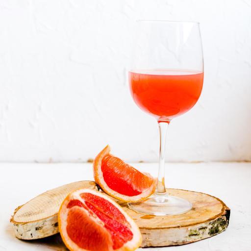 果汁 西柚汁 高脚杯