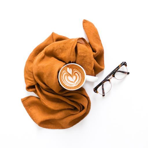 咖啡 拉花 眼镜 围巾