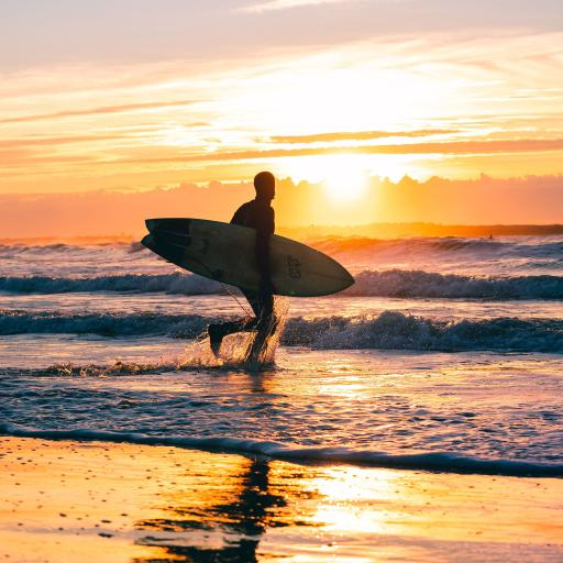 大海 浪花翻涌 落日 海滩美景
