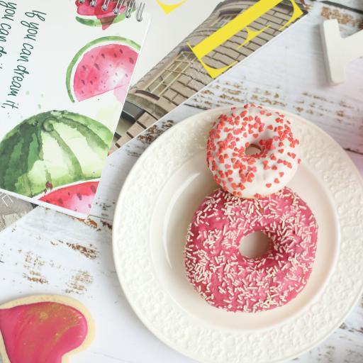 甜甜圈 零食 甜品 杂志