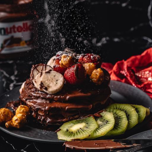 奇异果 松饼 巧克力酱 草莓