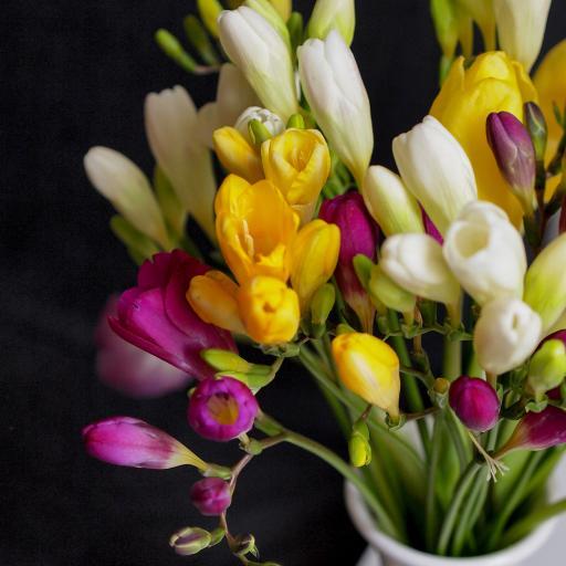 鲜花 花束 花束 花瓶