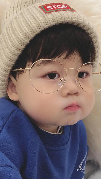李浠晗 小男孩 可爱 儿童 眼镜