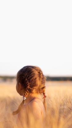 女孩 背影 麻花辫 户外