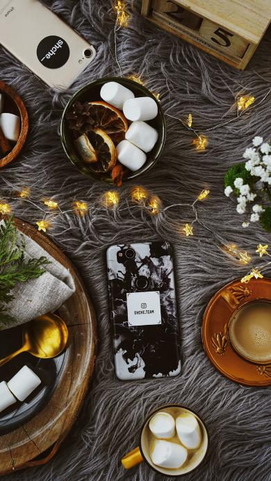棉花糖 咖啡 彩灯 手机