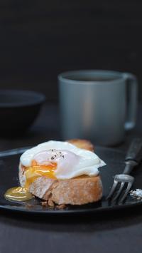 吐司 鸡蛋 温泉蛋 餐点