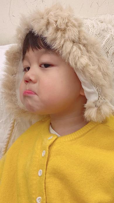 李浠晗 小男孩 可爱 撅嘴 儿童