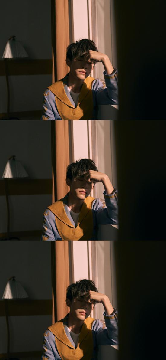 易烊千玺 tfboys 歌手 演员 明星