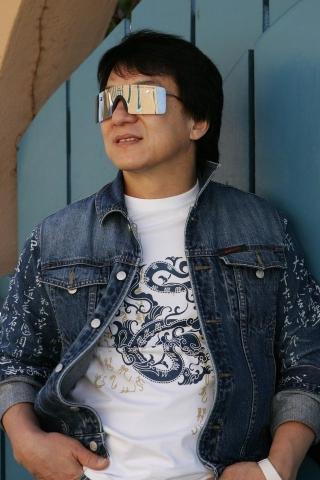香港男明星 成龙 墨镜 帅哥 彩色