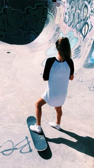 美女 滑板少女 滑板 体育运动