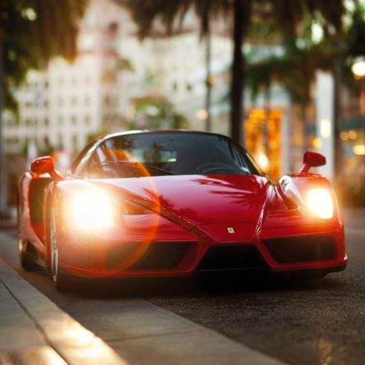 红色跑车 低车身 灯光