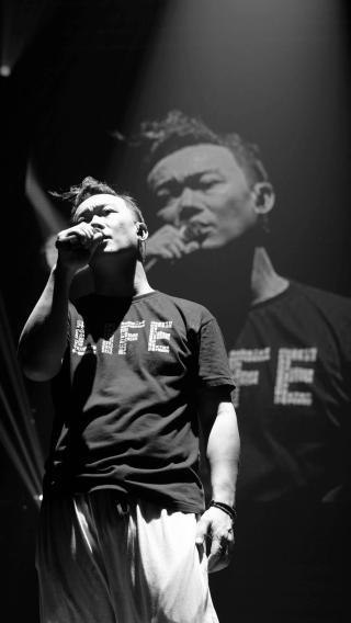 陈奕迅 香港 歌手 艺人 明星 黑白