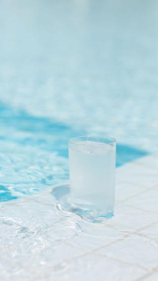 夏日 冰饮 蓝色 白色