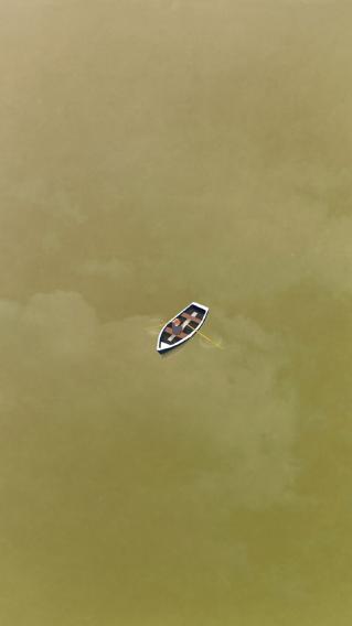 手绘 一叶扁舟 简约 黄色
