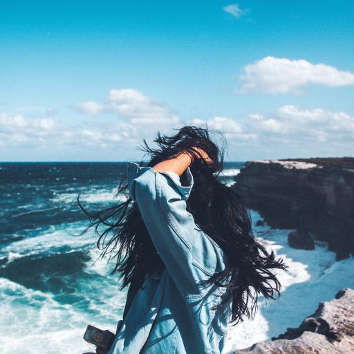 海边 蓝色 长发女孩