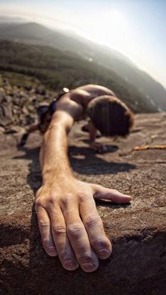 体育 极限运动  攀岩 单手握壁