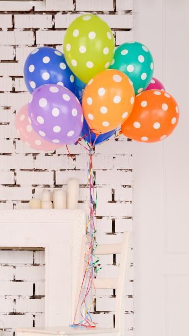 五颜六色的气球