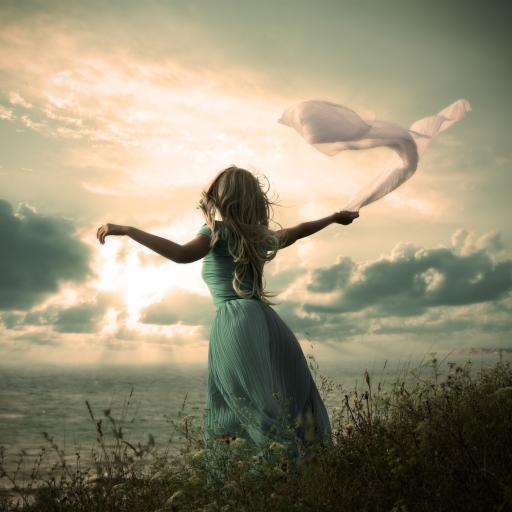 女生 草原 草地 天空