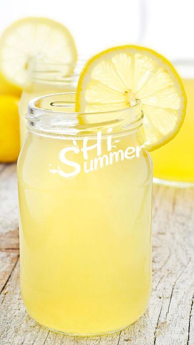 柠檬苏打 饮料 黄色 水果 夏日