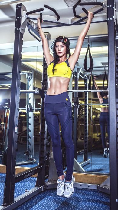 健身 运动 美女 身材 器材