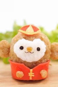 可爱小猴子造型饭团