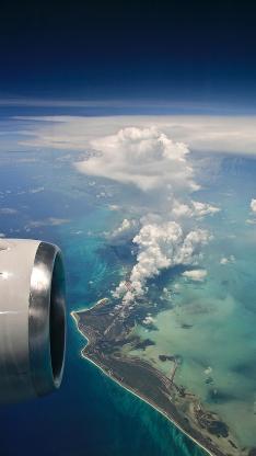 飞机 飞翔 天空