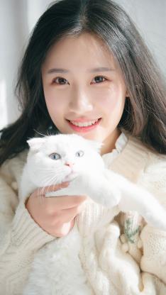 治愈系 清纯美女 白色猫咪