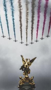 演习 飞机 天空 雕像
