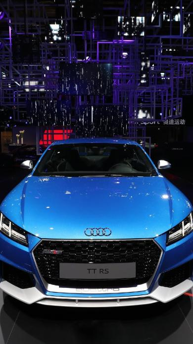 奥迪 汽车 蓝色 灯光