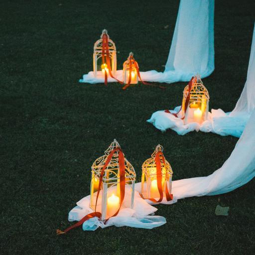 蜡烛 烛台 编织物 草地 唯美 意境
