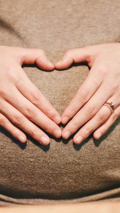 母亲 孕妇 怀孕 爱心 手势 母爱